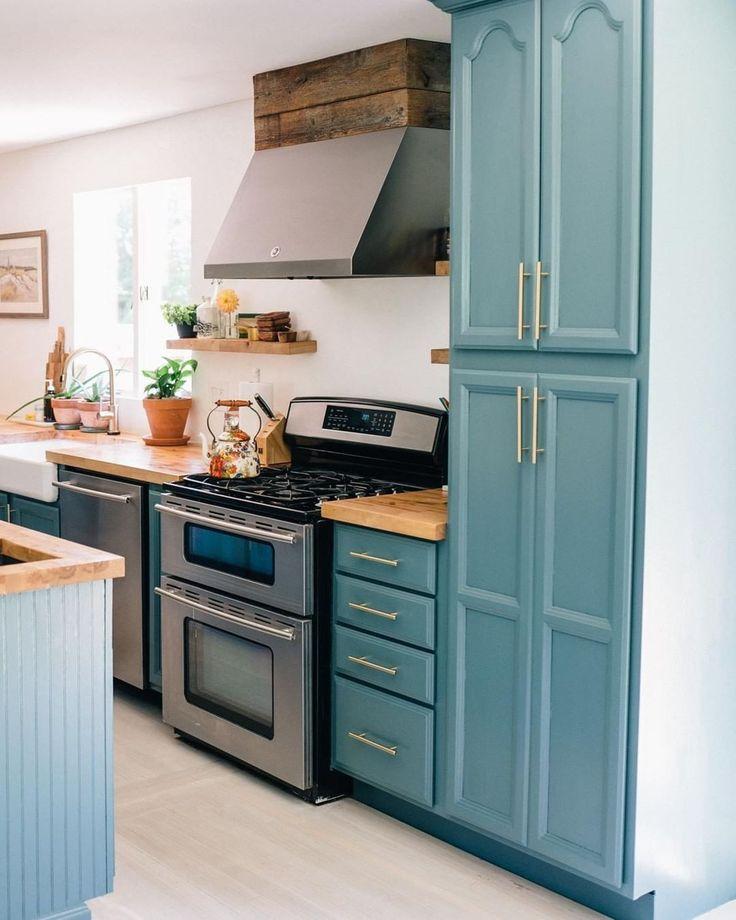 """Farrow & Ball on Instagram: """"@jessannkirby's kitchen ..."""