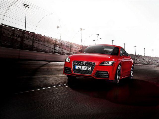Audi tt rs plus white dress