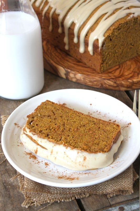 Spiced Pumpkin Bread with Maple Vanilla Icing: 'tis the season (vegan).