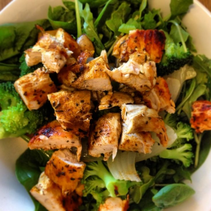 This is a great balanced meal incorporating fibrous greens and chicken for protein x