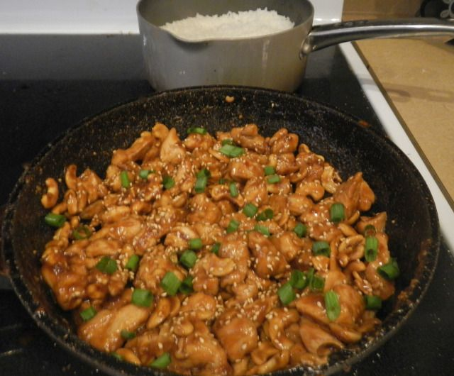 spicy cashew chicken and rice
