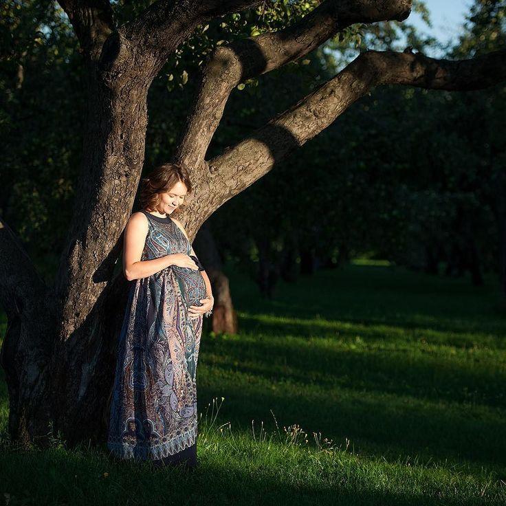 А у меня вот какое любопытство:  Вы к Новому году готовитесь заранее или по-мужски в панике бегаете перед самим праздником по магазинам?)) ----- Навигация по моему инстаграму: #еремеев_семья #еремеев_мамы #еремеев_беременность  Почитать отзывы и знакомиться со стоимостью услуг можно здесь: @eremeev_price ----- #студийнаяфотосессия #фотографвмоскве #обнинск #фотопроект #фотосессиявмоскве #семейнаяфотосессия #семьяглавное #ждумалыша #9месяцевсчастья #9месяцевожидания #9months #вожидании…