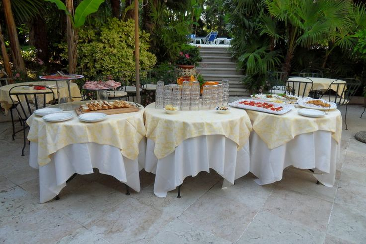 #HappyHour in the #garden, near the #pool... #cocktails #fingerfood #LakeGarda