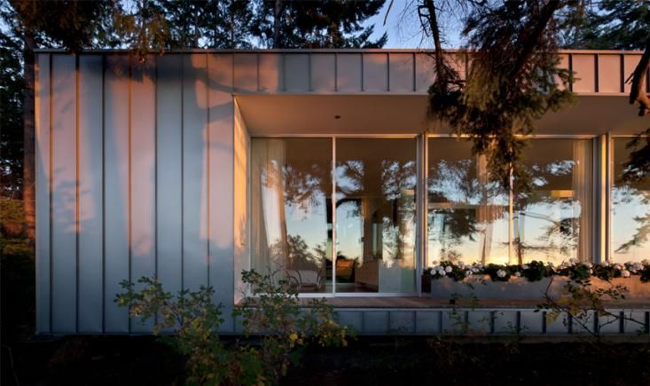 North Beach Modern Cabin by Heliotrope Architects, Remodelista