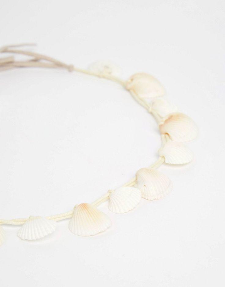 Imagen 2 de Diadema estilo corona con conchas marinas de ASOS