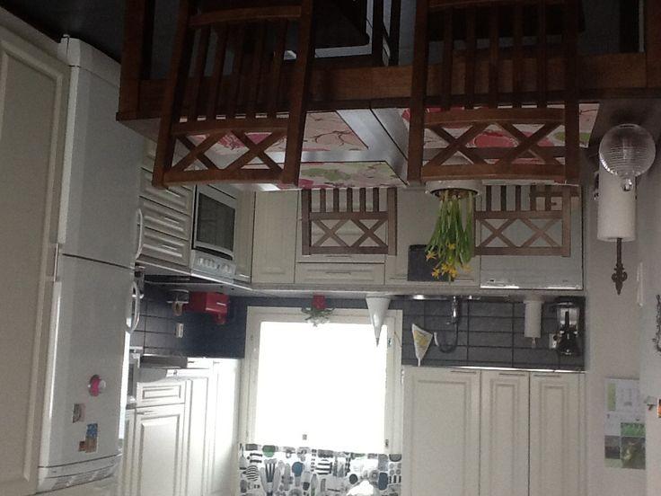 Vanhan kodin keittiö