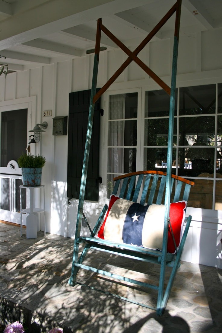 17 best images about porch ideas on pinterest vintage for Cool porch swings