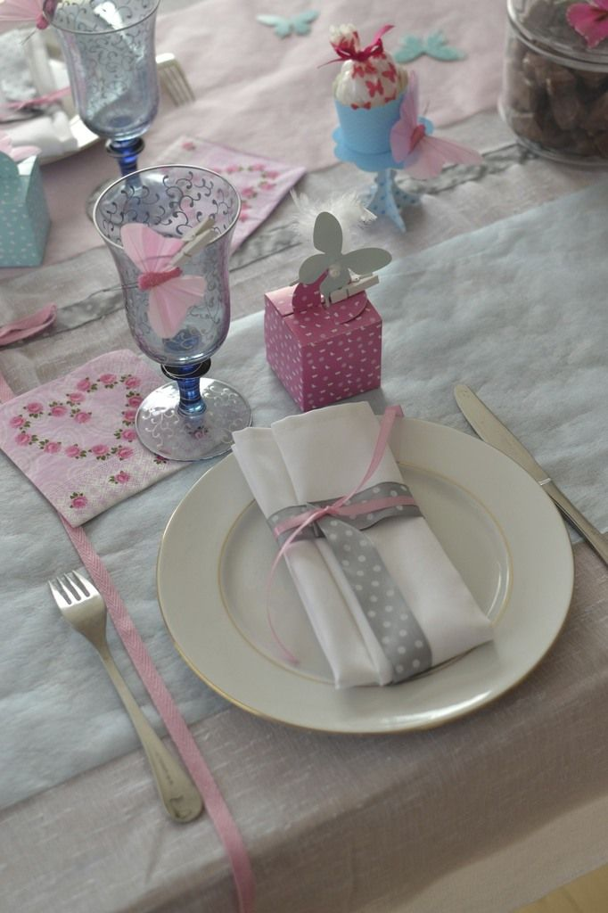table gourmande et papillons