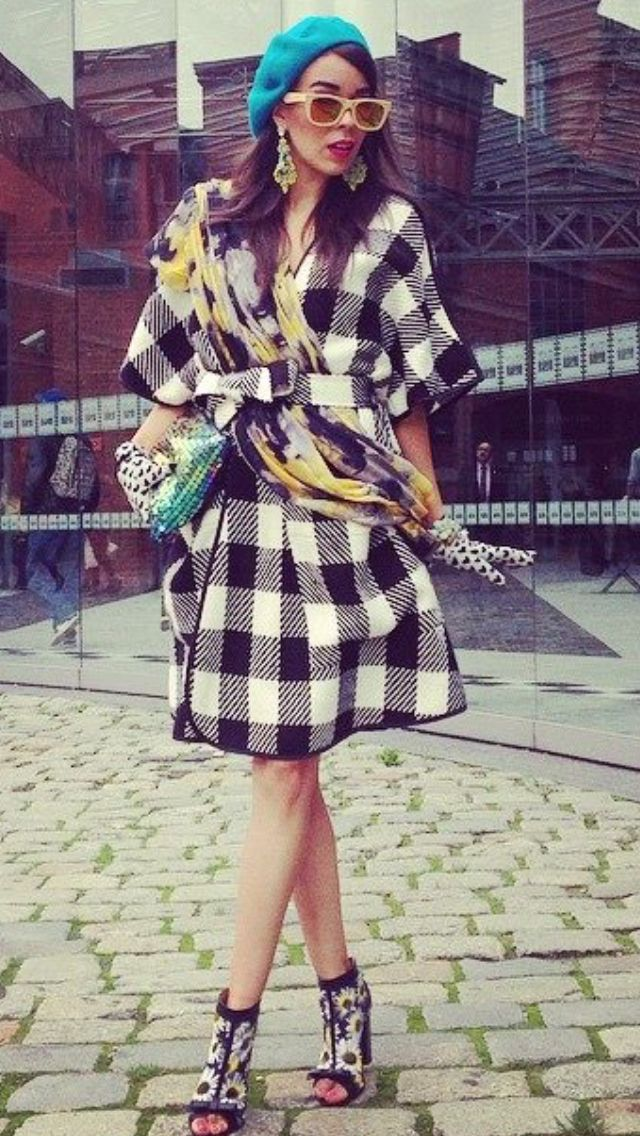 Great fashion blogger Macademiangirl in Shabatin coat.
