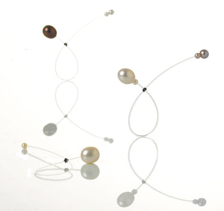Object 22: Anarkistens perlering, by Trine Trier, Denmark
