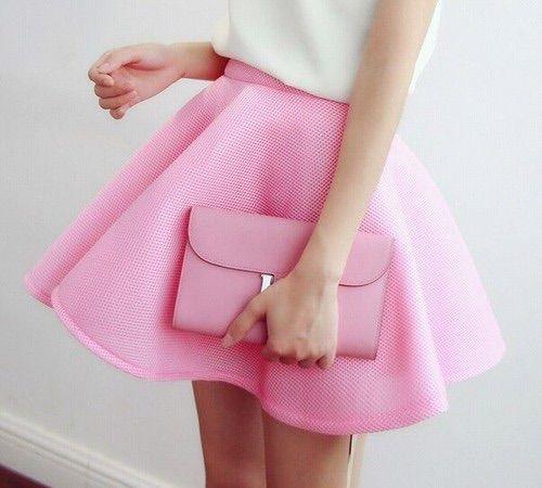 Bild via We Heart It #bag #pinkskirt #style