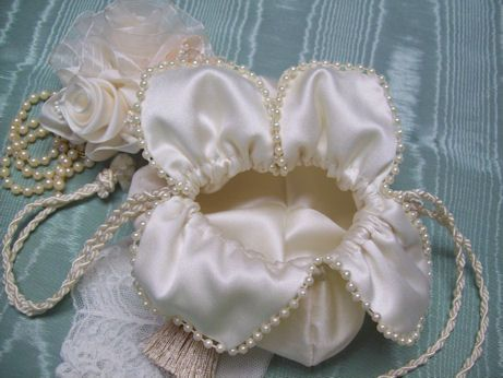 Victorian Bridal Wedding Purses Beaded Handbags Ivory White Wedding Purse Clutch