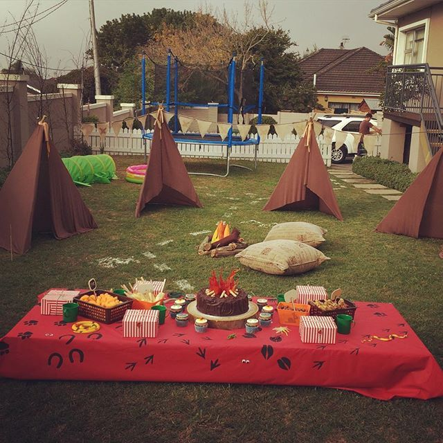 Lets go camping #liefokasie #campstephenjohn #kidspartydecor #camping #tents #campfire