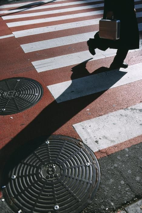 © Harry Gruyaert/Magnum Photos JAPAN. Tokyo. 2004. Shinjuku area.