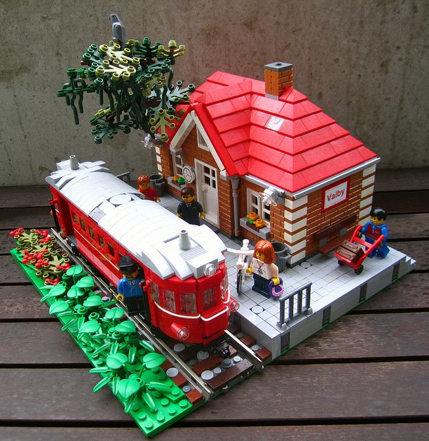 LEGO Way Station   Flickr - Photo Sharing!