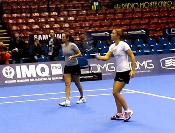 E poi, finalmente, giochi con il campione #saraerrani #robertavinci #anaivanovic #sharapova #tennis #tennisreporter #lagrandesfida12 #milano