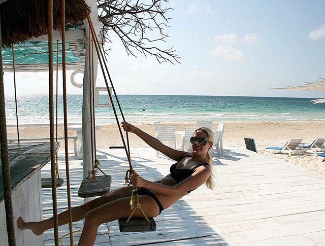 #tulum #bar #beachfront #swing #beach #mexico #cocotulum @cocotulum @mytulum @tulummexico #awesomeday