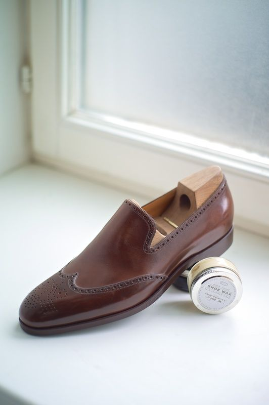 Slip on Short Wing Saint Crispins at The Armoury