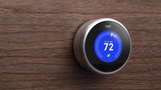 Alphabet'insahibi olduğu Nest, sonunda portföyüne yeni ürünler ekleyecek gibi görünüyor. Bloomberg'in haberine göre, şirket bir dizi yeni bağlı cihaz üzerinde çalışıyor. Söz konusu cihazlar arasında bir ev güvenlik sistemi, akıllı kapı zili ve iç mekanlar için geliştirilen Nest...  #Arayanlara, #Daha, #Fiyatlı, #Nest, #SEÇENEK, #Sunabilir, #Termostat, #Uygun https://havari.co/nest-termostat-arayanlara-daha-uygun-fiyatli-bir-secenek-
