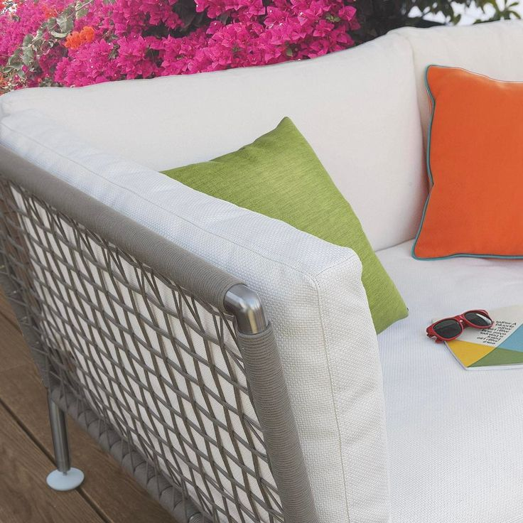 CORO: Nest outdoor sofa in combination of modularity and forms # hotel #hospitality #coro ... http://www.davincilifestyle.com/coro-nest-outdoor-sofa-in-combination-of-modularity-and-forms-hotel-hospitality-coro/    Nest outdoor sofa in combination of modularity and forms # hotel #hospitality #coro #elegance #luxury #luxuryhomes #interiordesign #homedesign #homeinterior #patio #homestyle #creative #feeling #elegance #madeinitaly #arredamento #archilovers #architecture #garde