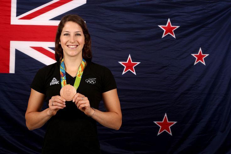 Eliza+McCartney+New+Zealand+Olympic+Team+Rio+K_GReZMKpokx.jpg (1024×683)