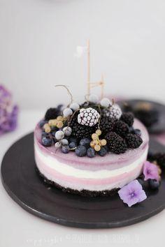gefrorener Beeren-Oreo-Cheesecake