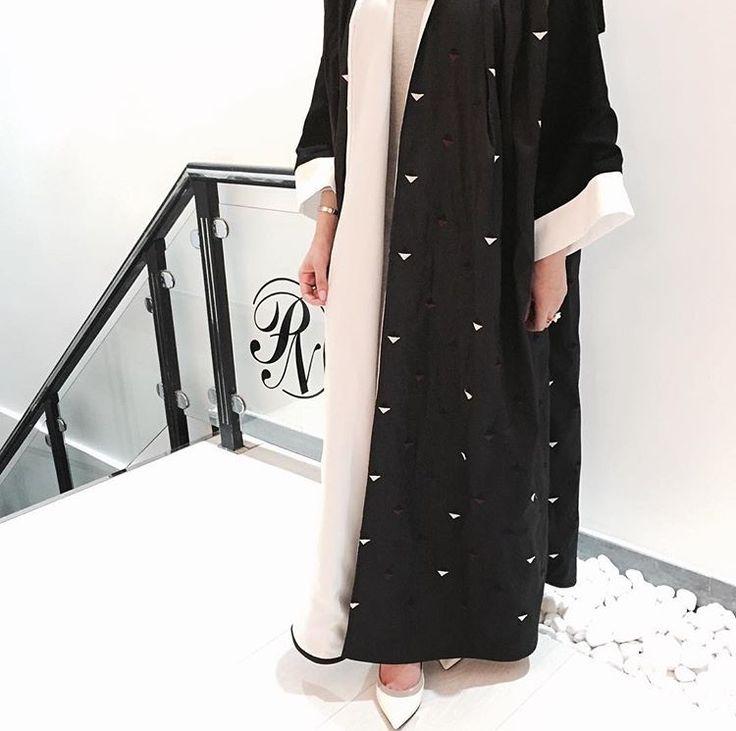 IG: M.14Desings || IG: BeautiifulinBlack || Abaya Fashion ||
