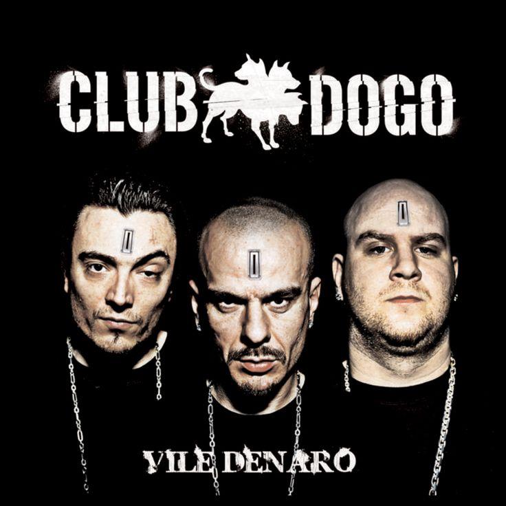 Vile Denaro è un album del gruppo Rap italiano Club Dogo (Gue Pequeno, Jake La Furia & Don Joe). È stato pubblicato nel 2007. Hanno collaborato anche Vincenzo Da Via Anfossi e Marracash (Dogo Gang) nella canzone Puro Bogotà.
