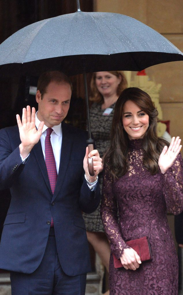 Prince Wiliam & Kate Middleton from The Big Picture: Today's Hot Pics  Don't rain on their parade! The Duke and Duchess of Cambridge give a royal send off to President Xi Jinping and his wife Peng Liyuan after their state visit to London.