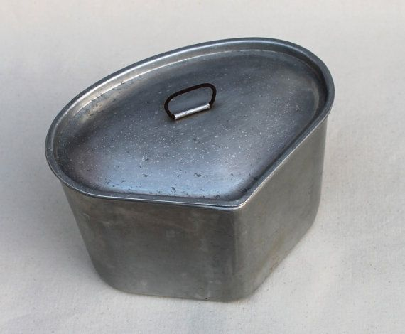 Triangle Pot with Lid Aluminum Rustic cookware by NannasAHoarder