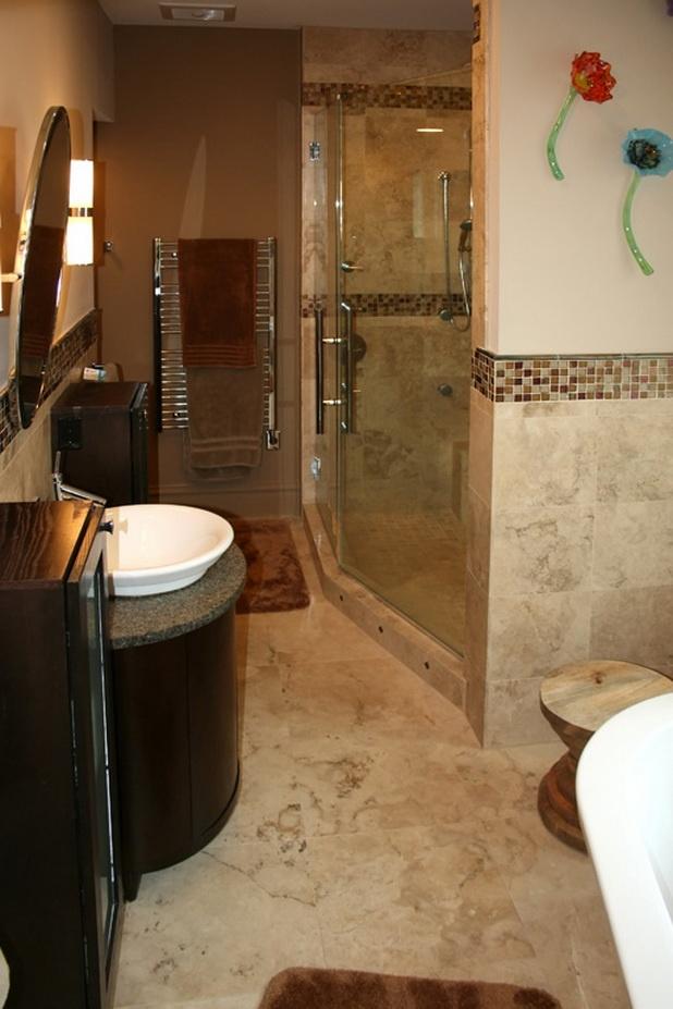 Bathroom Tiles, kis fürdő, színvilág