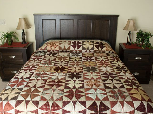 Winding Ways Quilt -- exquisite carefully made Amish Quilts from Lancaster (hs7706)