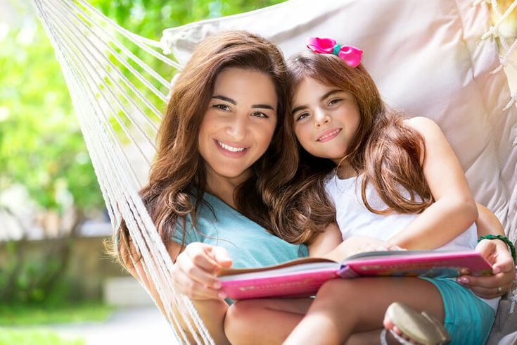 Interesting question:  Does story time on the ipad count as screen time?  Research indicates that the answer lies in a grey area.  Read more here.