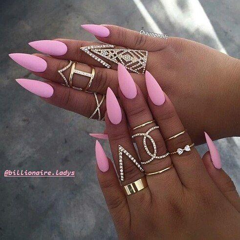 # Nehty # nailart # hřebíky # # umělec krása # pinknail # růžové # dáma # kroužky # pěkné # # pohodě pěkný #  # instanails # móda # sladké # luxus # miliard # girl # weheart #  # # góly love # následovat #followers # # líbí cutie # trend # Chanel