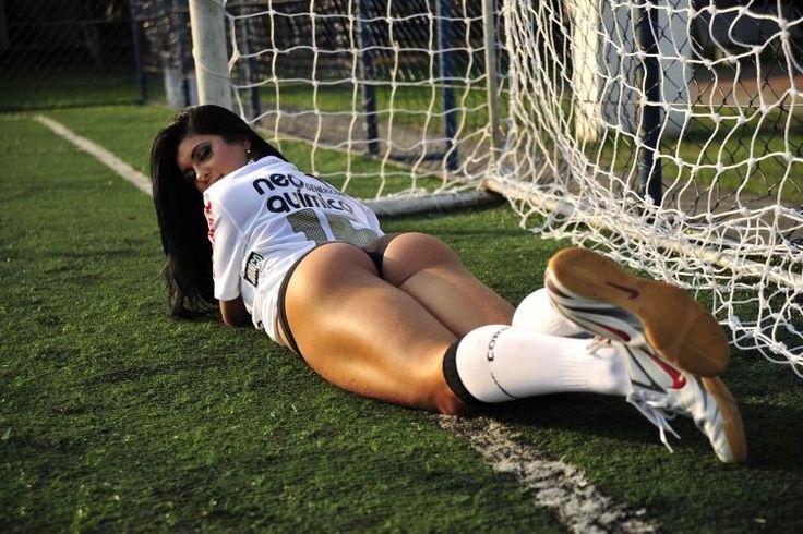 секс на футбол поле - 2