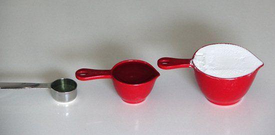 Con ingredientes sencillos prepara un limpiador que te servirá para todo tu hogar y, además, es muy natural....