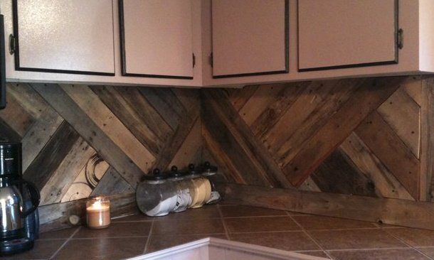 Wood / Pallet kitchen back splash // maybe painted so its not as dark?