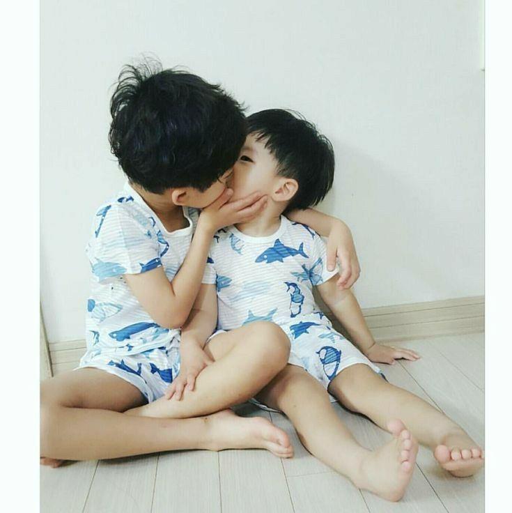 Photobook Kids Kiss Korean Babies Asian Kids