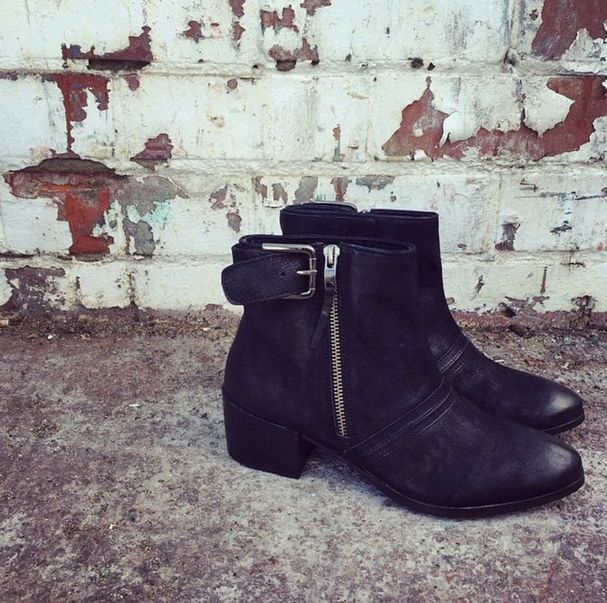 Our Tumbled Nubuck Leather Ankle Boot VILLA