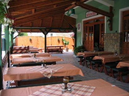 3 nap 2+1 vagy 2+2 főre Balatonmáriafürdőn reggelivel, ajándék borral és akár romantikus vacsorával - Alkupon