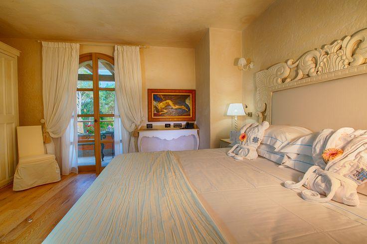 #Classic #room #garden #view #lavilladelre #hotel #costarei #sardegna #italy