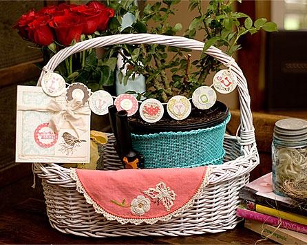 Mother's Day Gift Basket www.fiskars.com
