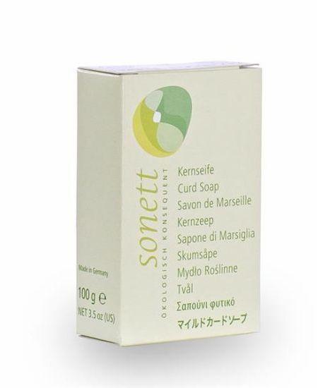 SONETT KEMÉNY SZAPPAN 100 G - Pálmazsírból és kókuszzsírból készült kemény szappan.  Összetevők: pálmazsír*és kókuszzsír*, glicerin*, víz,  nátriumklorid,  nátriumtioszulfát  *= Ellenőrzött ökológiai gazdálkodásból  HU-ÖKO-01   Ellenőrizte: Biokontroll Hungária Nonprofit Kft.   Kiszerelés: 100 gramm