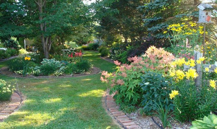 Vous aimerez visiter #lesjardinsdeLemeraude dès le 1er juillet, au coeur de la #CôteDuSud https://cotedusud.chaudiereappalaches.com/fr/voyage-quebec/la-cote-du-sud/saint-eugene-l-islet/les-jardins-de-l-emeraude/jardin/…