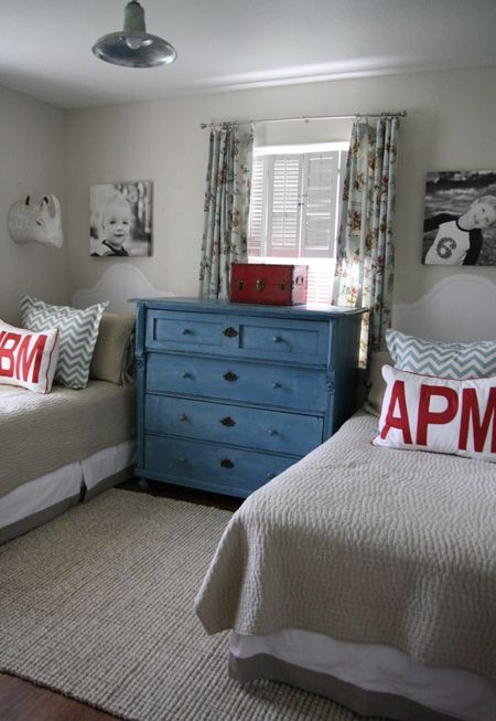 Holly Mathis Bedroom | Twin Beds For Kids | House & Home | Photo via Holly Mathis Interiors