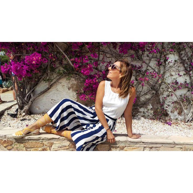 No hay verano sin un buen outfit en clave navy. Apuesta por los pantalones culotte como @miss_herisson   #navy #outfit #moda #fashion #style #florencia #streetstyle #shop #shopping #barcelona #casuallook #marinero #look #estilo #blogger
