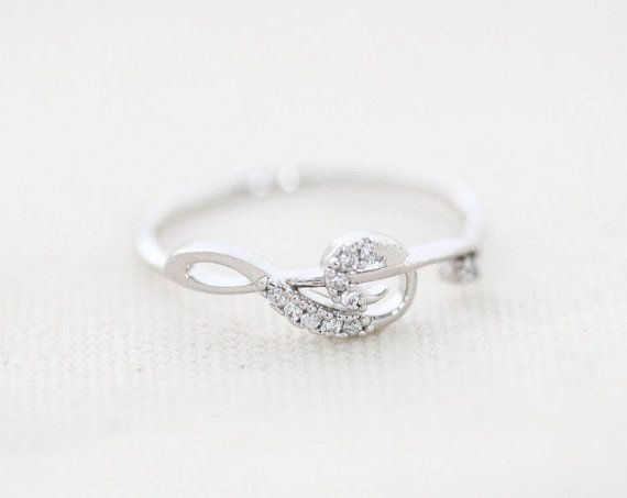 Cubic Treble Clef Ring - Silver // R097-SV // Treble clef ring,cubic ring,music ring,womens rings,unique rings