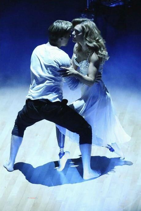 "Derek Hough & Amy Purdy danced a high-flying freestyle to ""Dare You"" by Hardwell in the season 18 finale - Dancing With the Stars - week 10 - spring 2014"