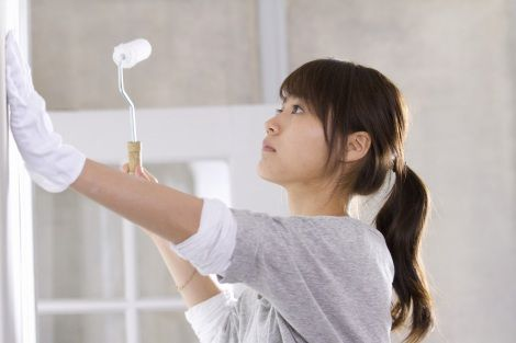 【CMメイキング】表情は真剣そのもの…/ペンキ塗りに挑戦した有村架純 ▼18Apr2014オリコン|【動画】有村架純、ペンキ塗りで失恋払拭 http://www.oricon.co.jp/news/video/2036508/full/ #Kasumi_Arimura #Arimura_Kasumi