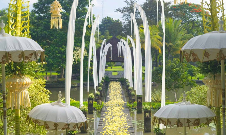 1000 images about wedding decorations on pinterest bali for Bali wedding decoration ideas
